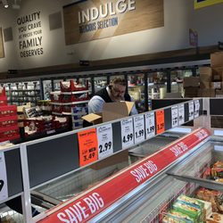 Lidl 40 Photos 15 Reviews Grocery 1866 Woodruff Rd