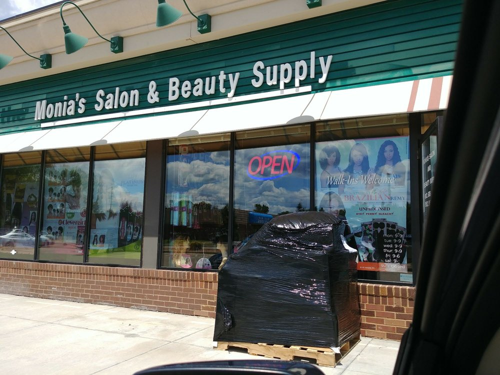 Monia s salon beauty supply 10 photos wigs 14600 for Adazl salon and beauty supply