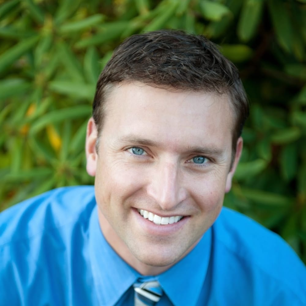 Kvinsland Dentistry: 5122 Olympic Dr NW, Gig Harbor, WA