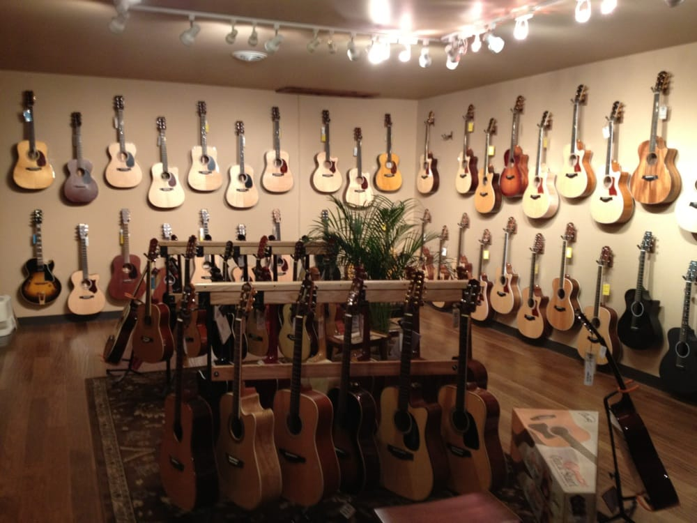 Uncle Ike's Music & Sound: 4989 Radford Ct, Dubuque, IA