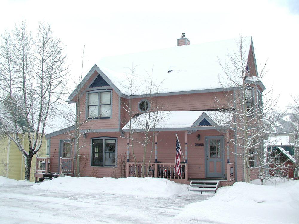 KW Appraisals: 625 Kenmoor Ave SE, Grand Rapids, MI