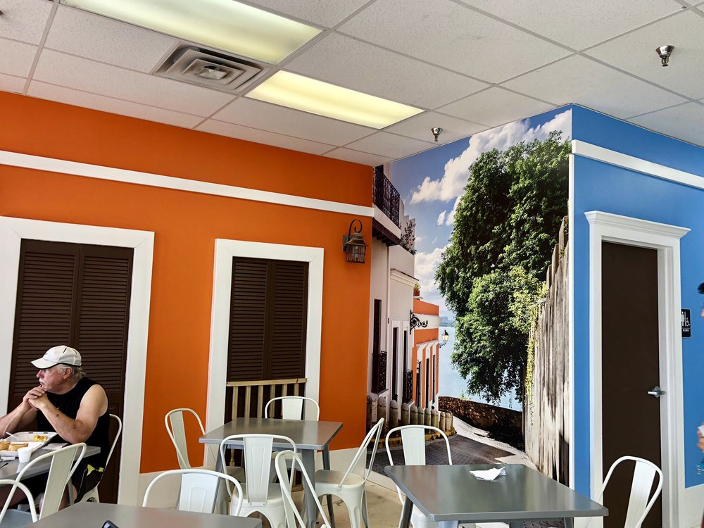 La Creacion Bakery: 11258 W Hillsborough, Tampa, FL