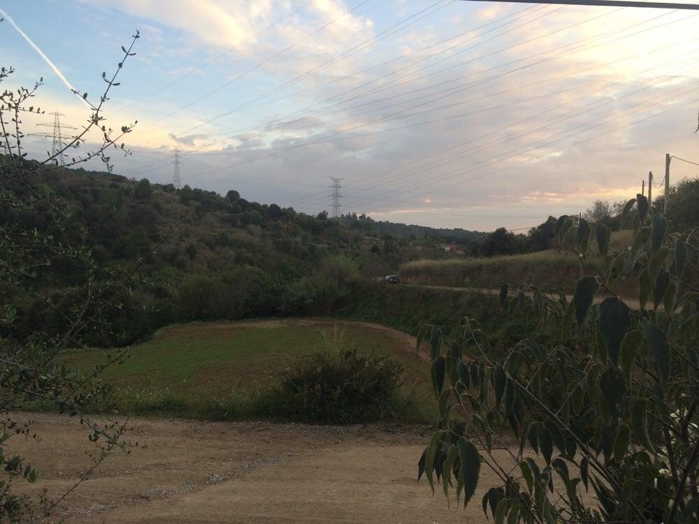 Can Carbonell: Carretera de la Muntanya, Sant Just Desvern, B