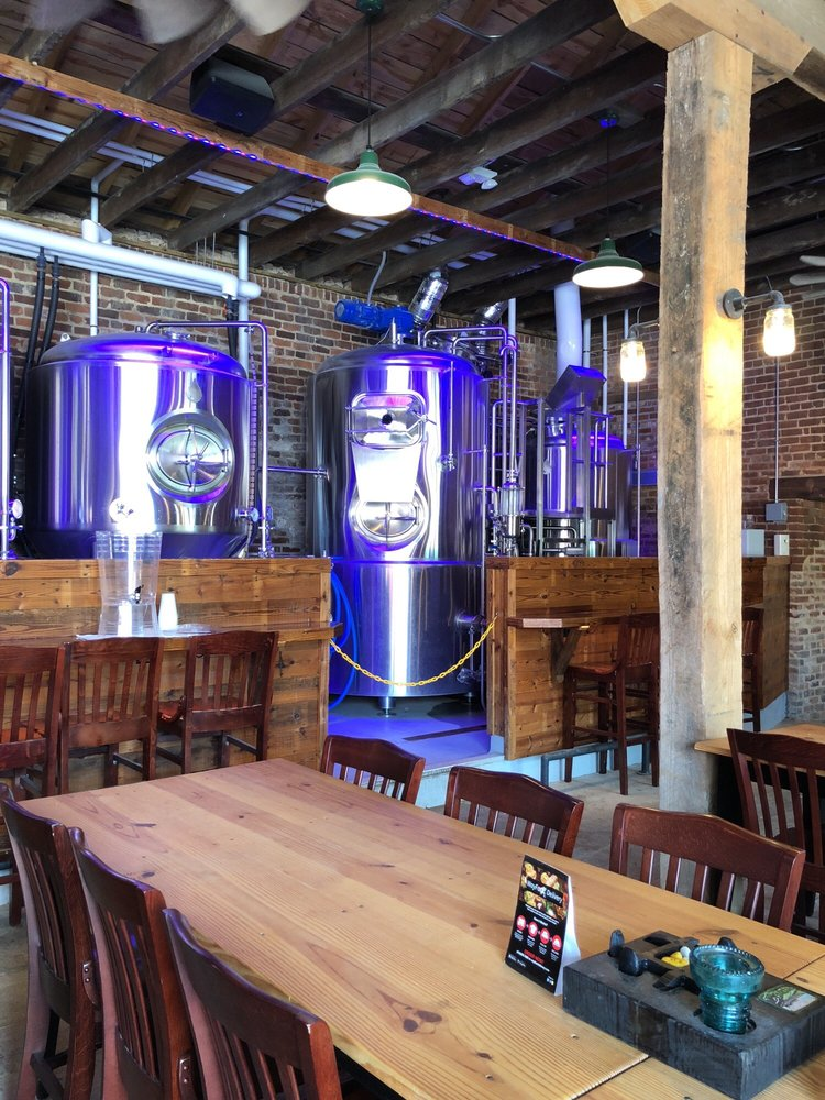 Three Roads Brewing: 312 West 3rd St, Farmville, VA