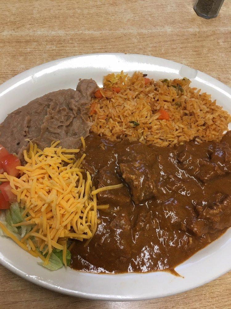 Devine Cafe: 1202 W Hondo Ave, Devine, TX