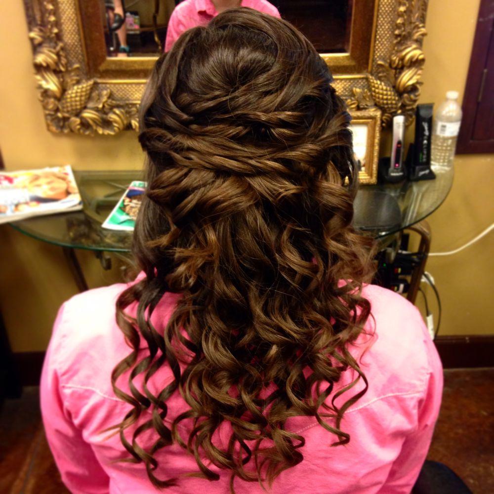 Blondie's Hair Salon: 516 S Front St, Bellville, TX