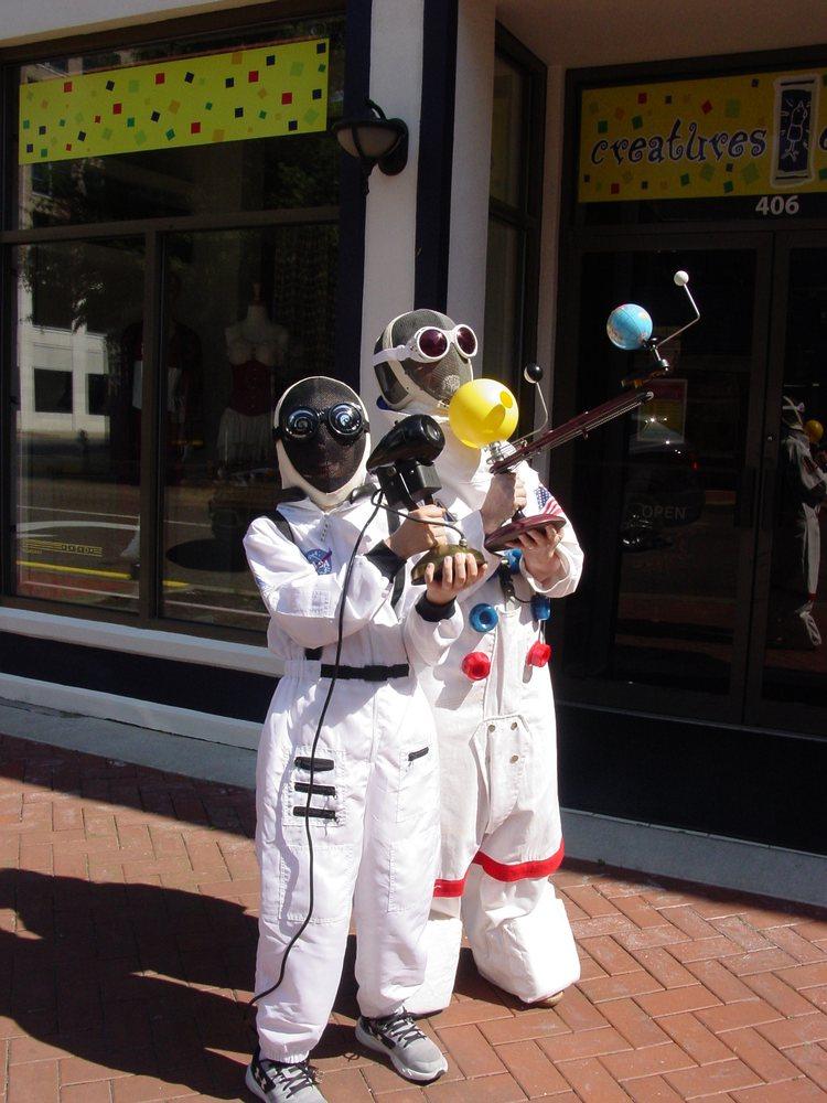 Creatures of Habit: 406 Broadway St, Paducah, KY