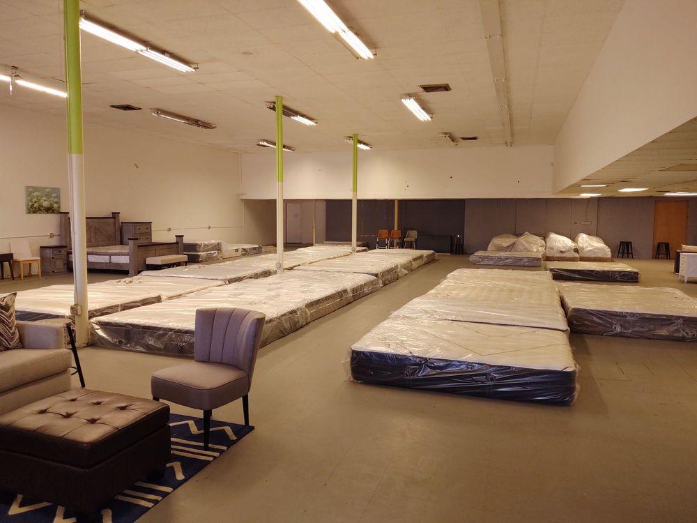 Furniture Flip: 2435 W Pawnee St, Wichita, KS
