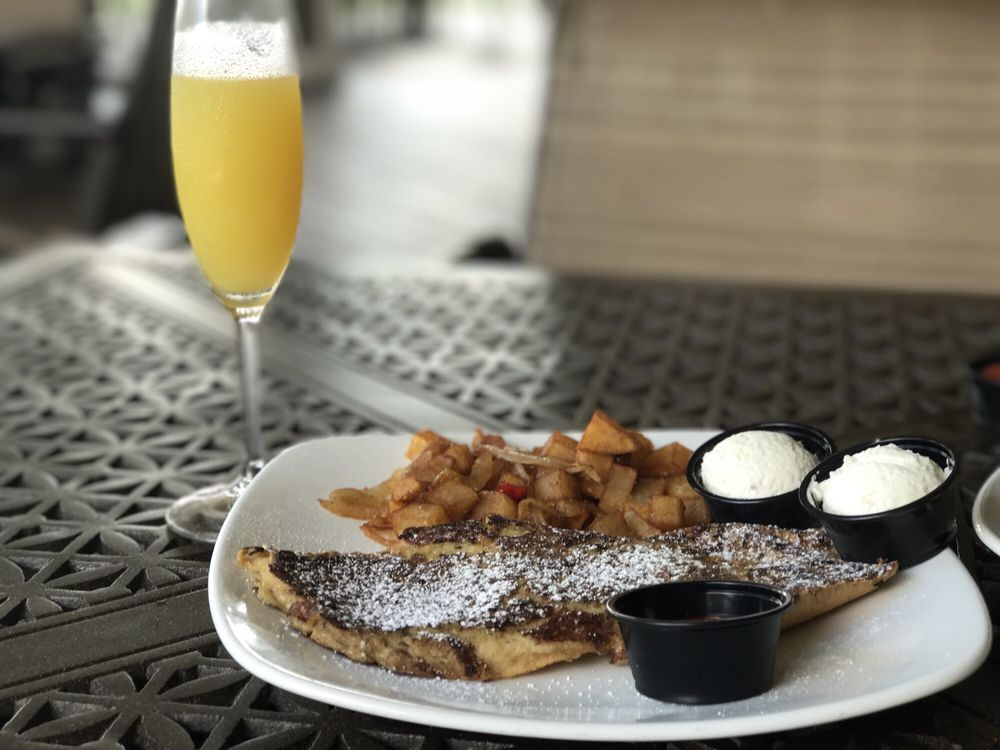 Woodforest Grille: 1199 Fish Creek Thoroughfare, Montgomery, TX