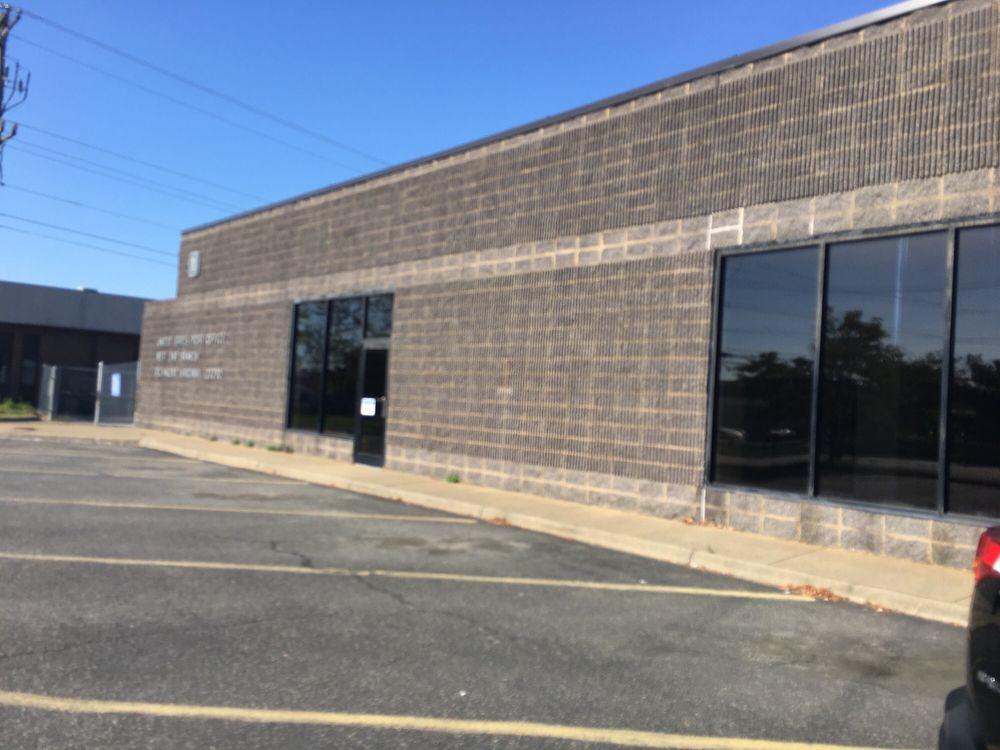 U.S. Post Office: 2220 Dabney Rd, Richmond, VA