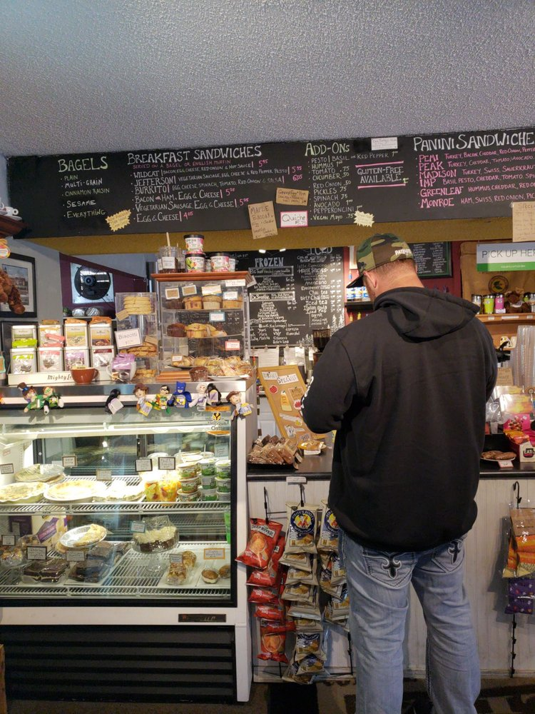 White Mountain Cafe: 212 Main St, Gorham, NH