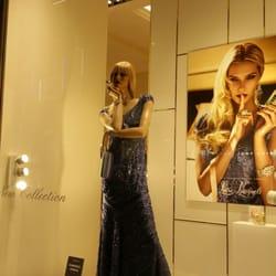 Luisa Spagnoli - Abbigliamento femminile - Via Chiaia 200 ... 963f3c73f9a