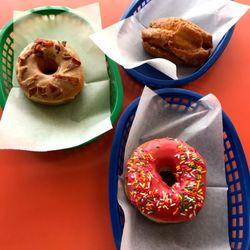 Tremendous Alvernon Donut Shop 47 Photos 83 Reviews Coffee Tea 1450 S Wiring Cloud Peadfoxcilixyz