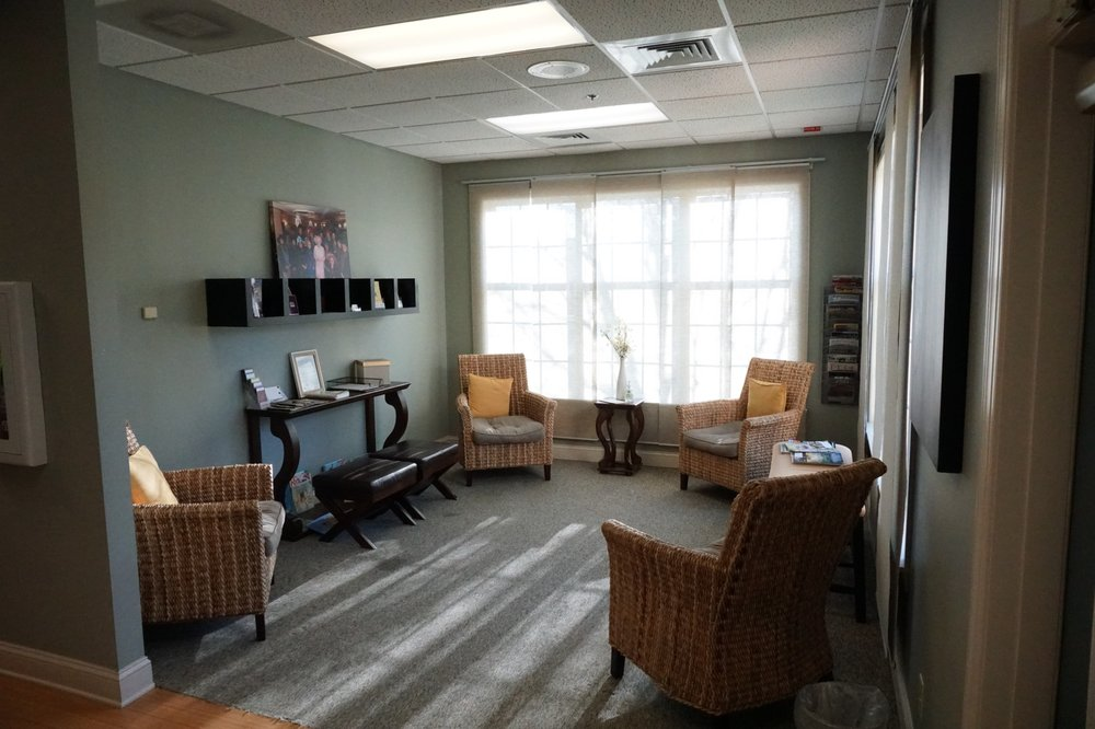Berryville Physical Therapy & Wellness: 322-A N Buckmarsh St, Berryville, VA