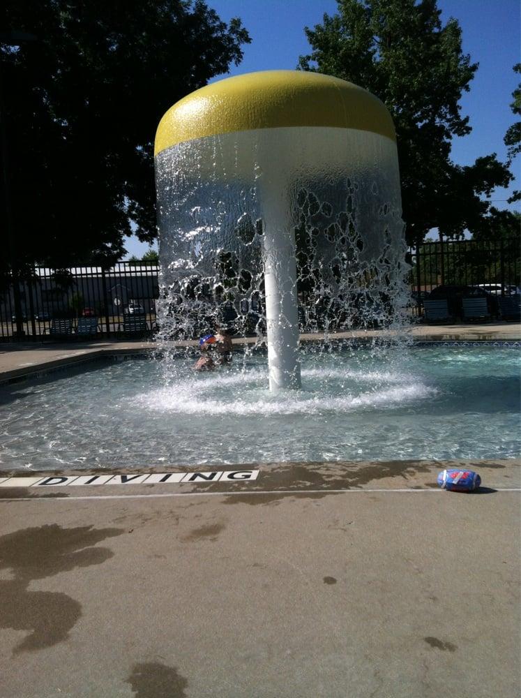 Ofallon Pool: 415 E 5th St, O'Fallon, IL