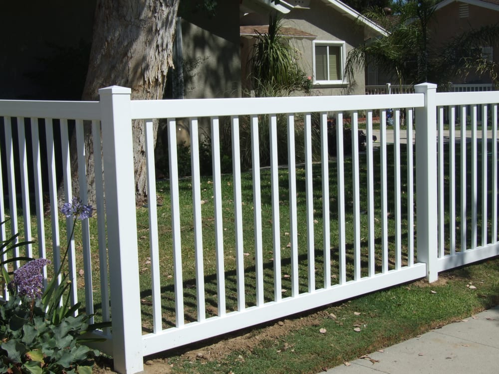 Perimeter Fence 4 Foot High White Yelp