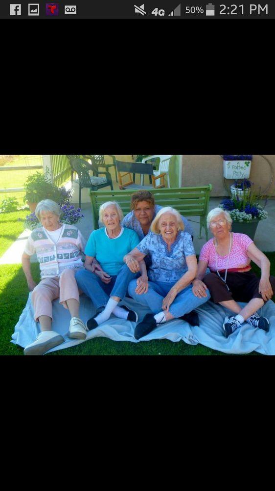 Tehachapi Manor: 20400 Oak Knoll Dr, Tehachapi, CA