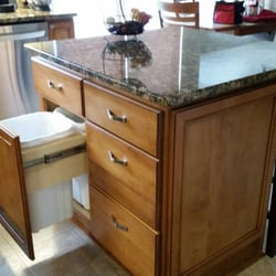Exquisite Kitchen Designs Get Quote Kitchen Bath 117 N Lafayette St South Lyon Mi
