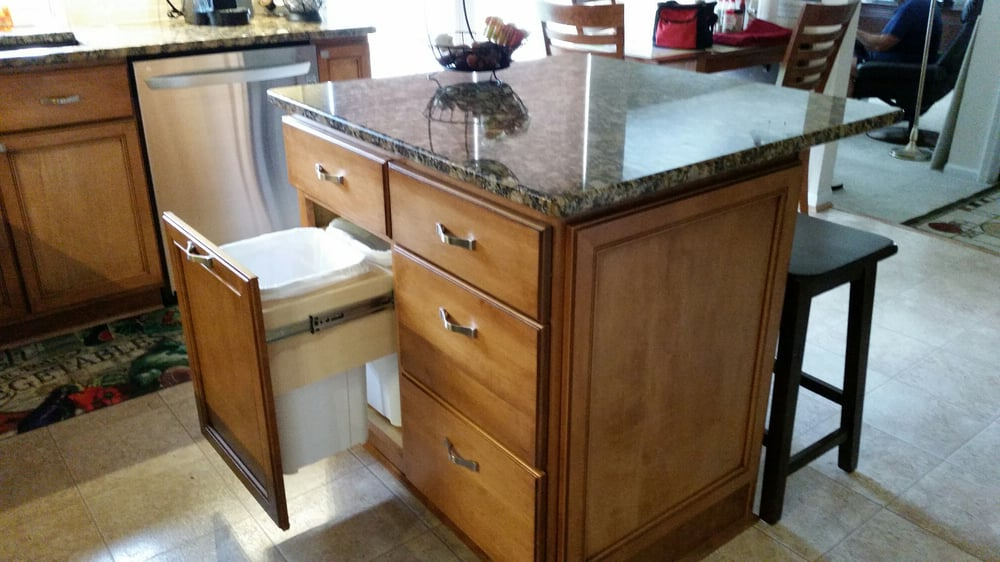 New Island Soft Close Drawers And Trash Recycle Pull Out Yelp