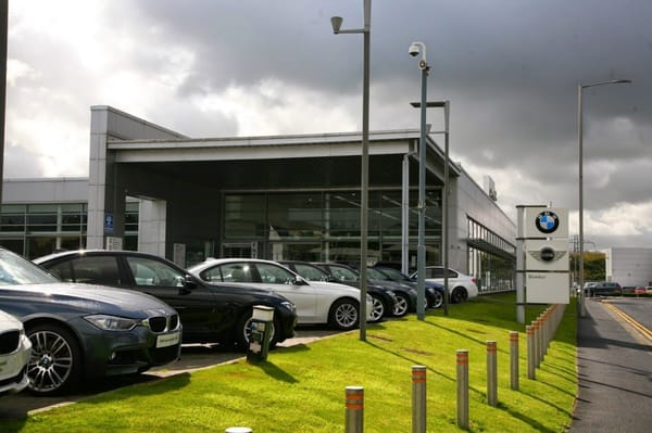 Bowker Blackburn BMW  Car Dealers  Trident Way Blackburn