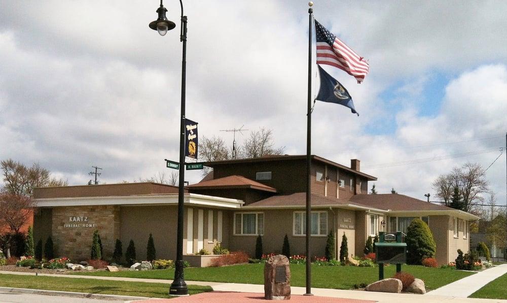 Kaatz Funeral Directors: 202 N Main St, Capac, MI