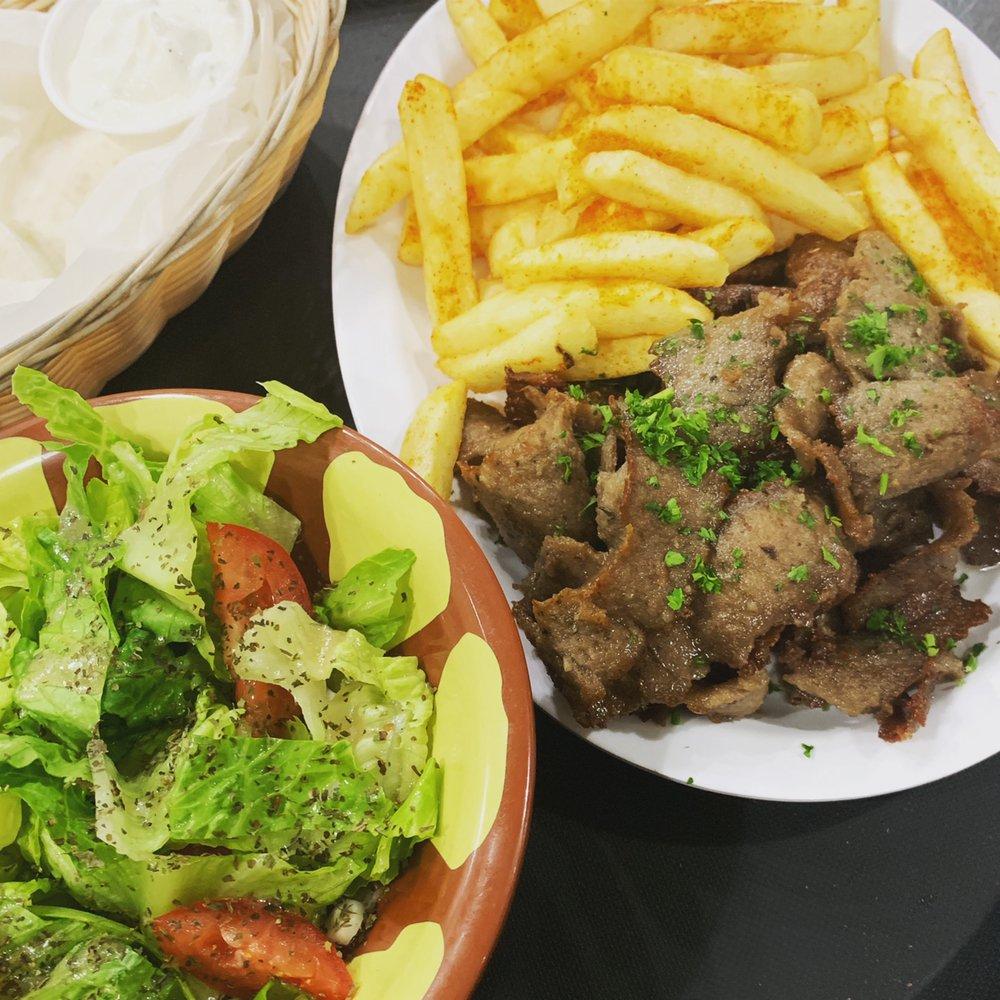 Shawarmania Mediterranean Grill: 251 Bunting Ln, Mankato, MN