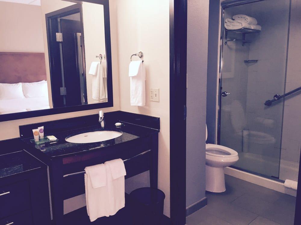 sink toilet and good sized shower yelp. Black Bedroom Furniture Sets. Home Design Ideas