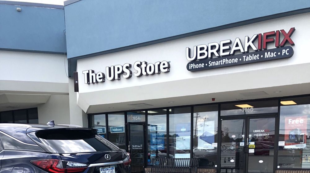 The UPS Store: 7954 Transit Rd, Williamsville, NY