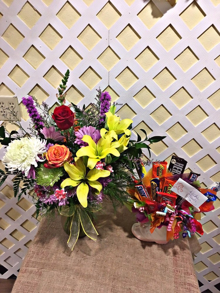 Carrie's Creations: 6637 Old Harrison Ln, Fort Smith, AR