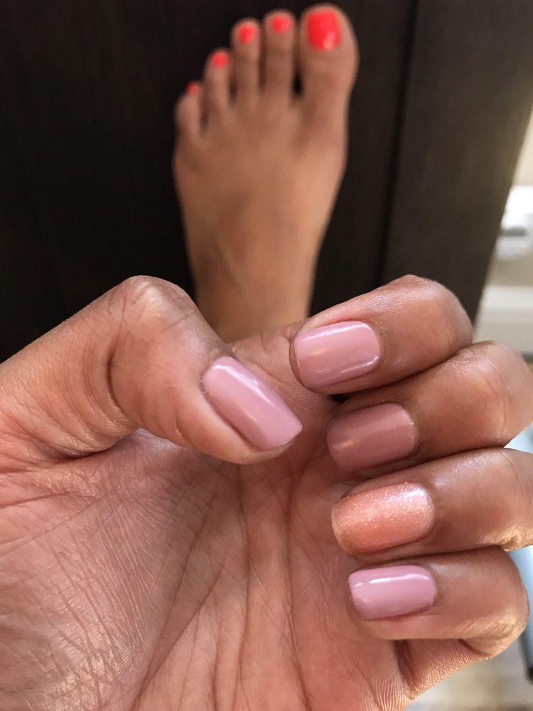 Gina's Hair and Nails: 2117 Doolittle Dr, San Leandro, CA