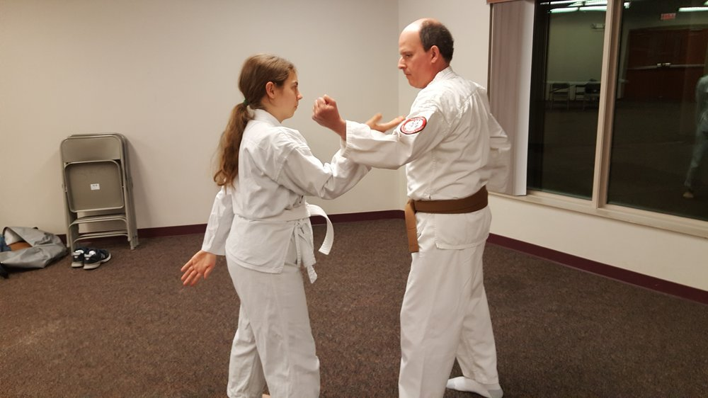 Thackeray's Isshin-Ryu Karate School: 402 Graham St, Savoy, IL