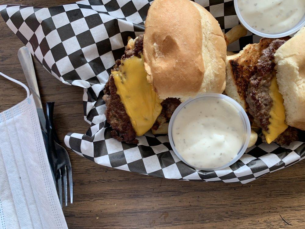 Fox's Diner: 3716 Main St, Munhall, PA