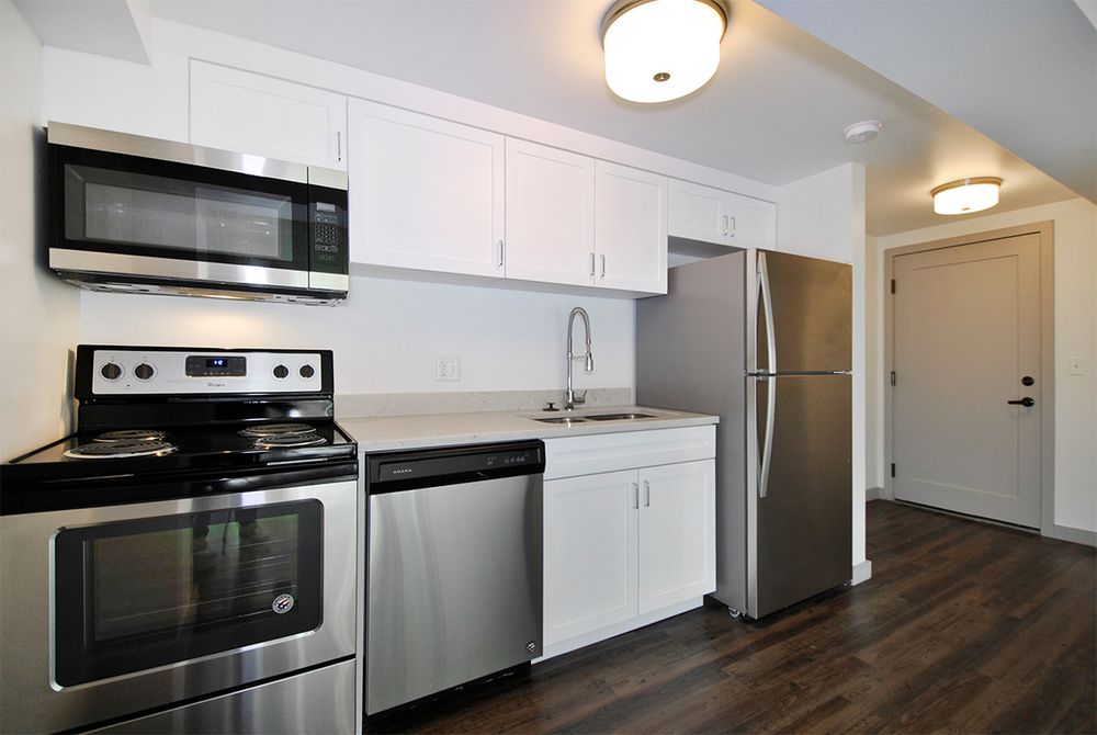 Alden Towers 24 Photos Apartments 8100 E Jefferson Ave Detroit Mi Phone Number Yelp