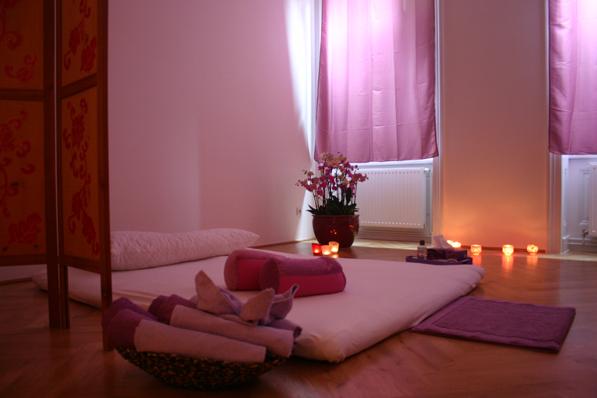 yoni massage m nchen massage cosimastr 4 bogenhausen. Black Bedroom Furniture Sets. Home Design Ideas