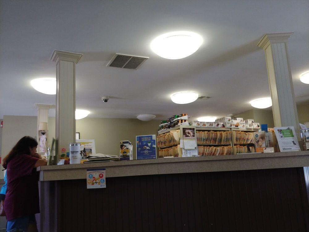 East Brunswick Animal Hospital: 44 Arthur St, East Brunswick, NJ