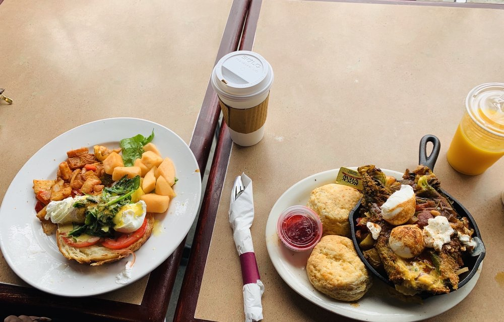 The Black Cow Cafe: 2219 Honolulu Ave, Montrose, CA
