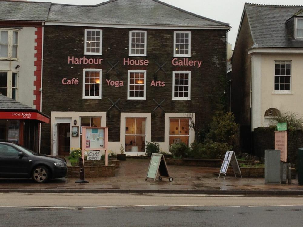 Harbour house charity arts yoga community service for Kingsbridge house