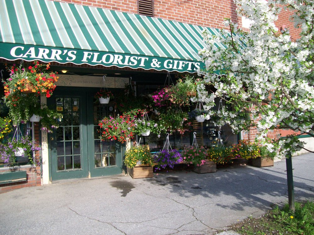 Carr Florist & Gifts: 21 Center St, Brandon, VT