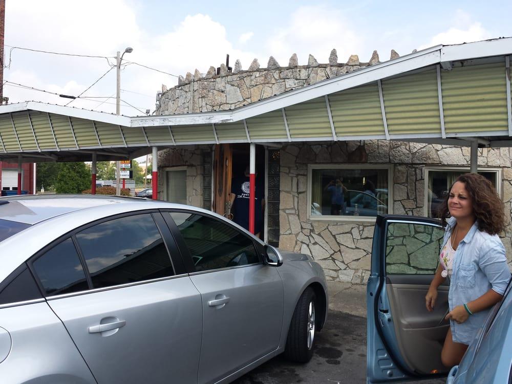 Johnny's Drive Inn: 26 Riverside Dr, Huntington, IN