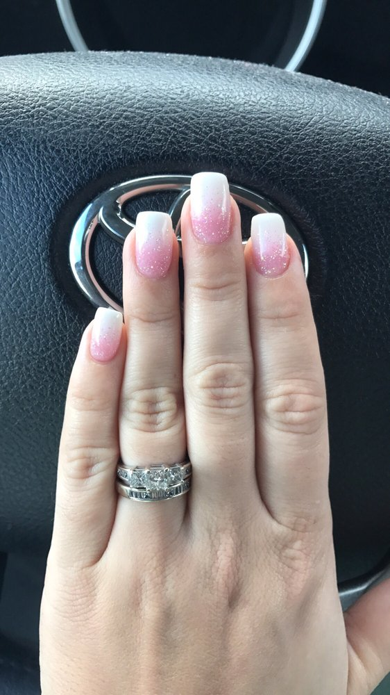 Ombré French manicure fill with pink glitter powder Kim is the best ...