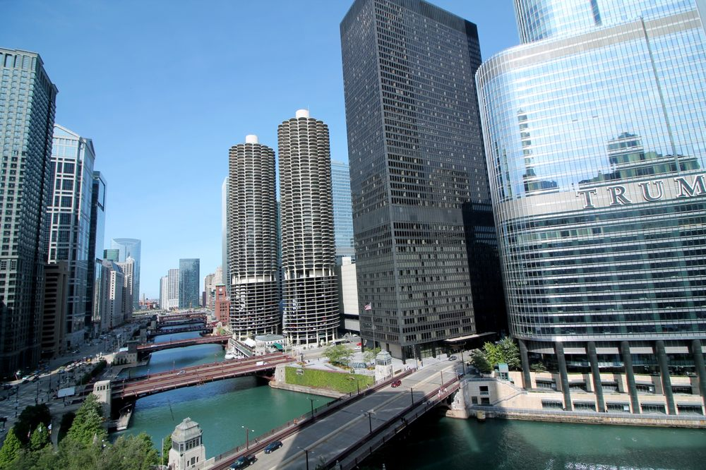 Restaurants Near Wyndham Grand Chicago Riverfront