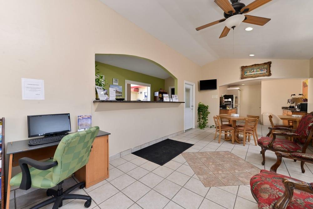 Americas Best Value, Inn: 2736 W Main St, Buffalo, TX