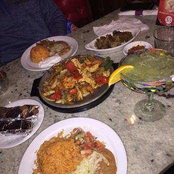 Casa Real Cocina Mexicana Lombard - CLOSED - 93 Photos & 115 Reviews ...