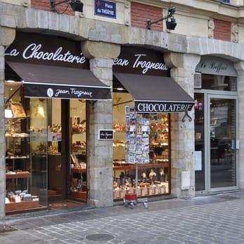 trogneux chocolaterie chocolatiers 19 place du th tre centre lille num ro de t l phone. Black Bedroom Furniture Sets. Home Design Ideas