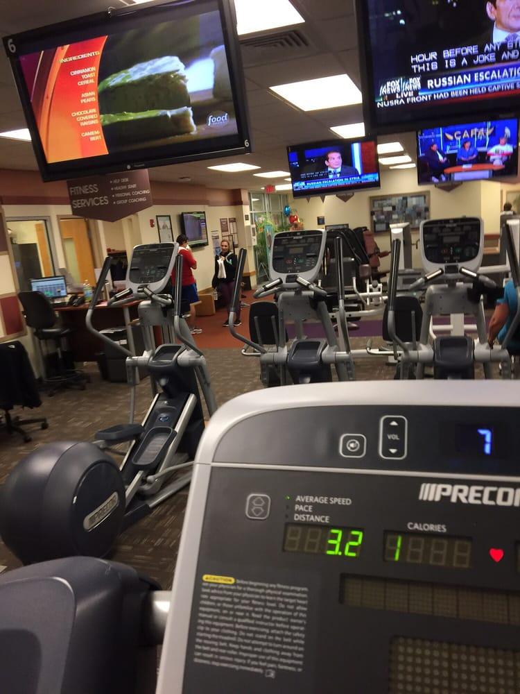 Healthtrax Fitness Amp Wellness 12 Reviews Gyms 100