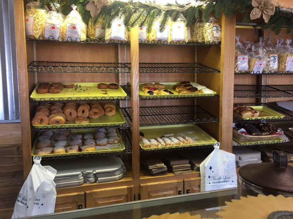 Country Pie Shoppe-Bakery: 3822 State Route 31, Donegal, PA