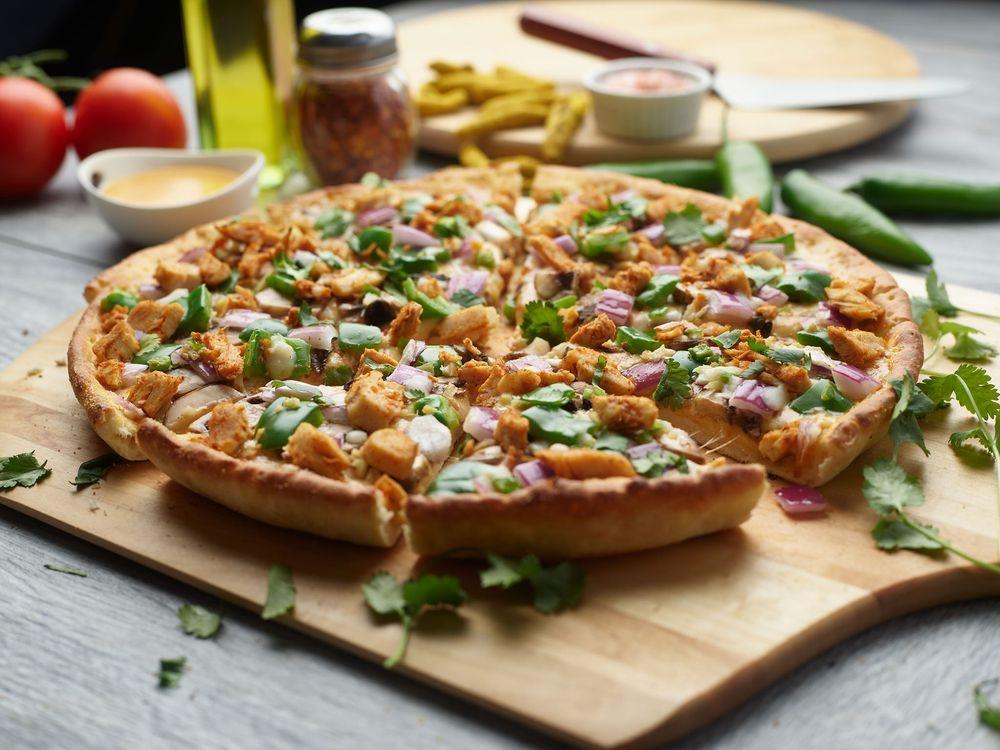 Pizza Twist - Carteret: 1247A Roosevelt Ave, Carteret, NJ