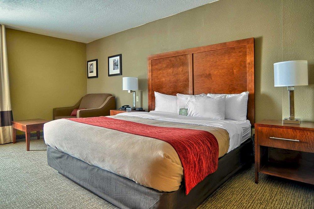 Comfort Inn: 100 Crystal Palace, Arkadelphia, AR