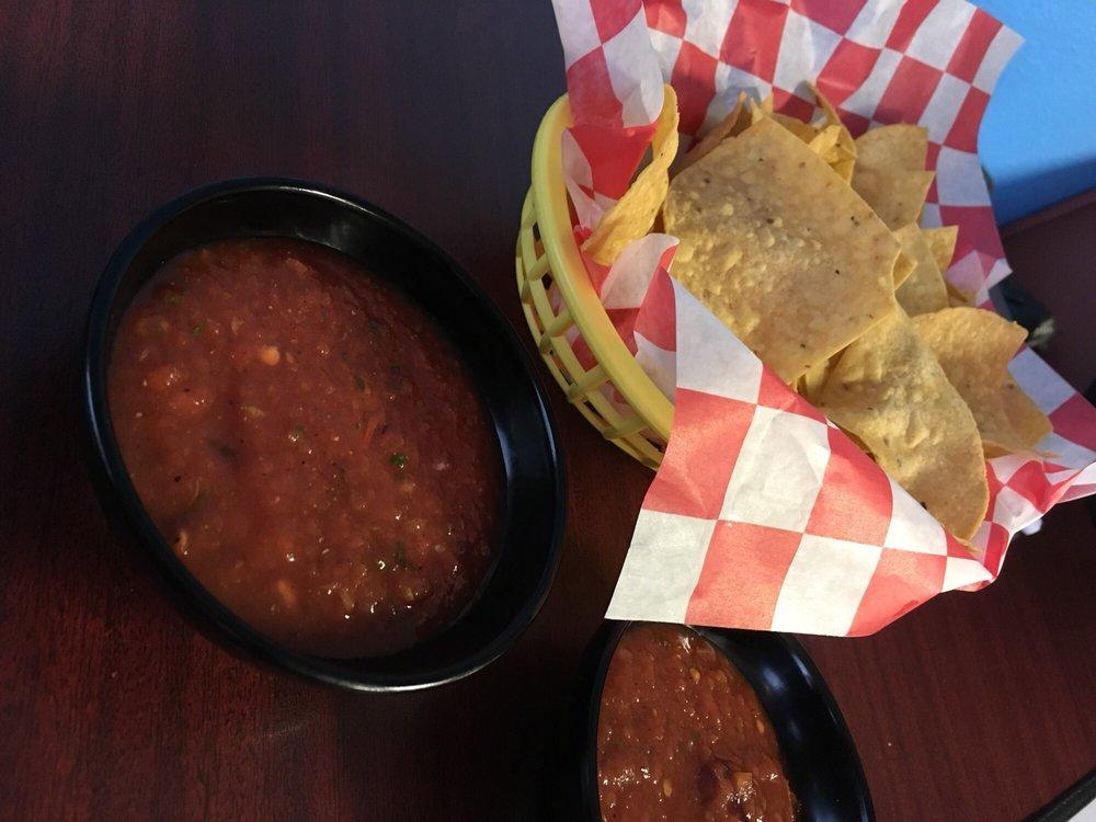 Antojos Tacos y Mas
