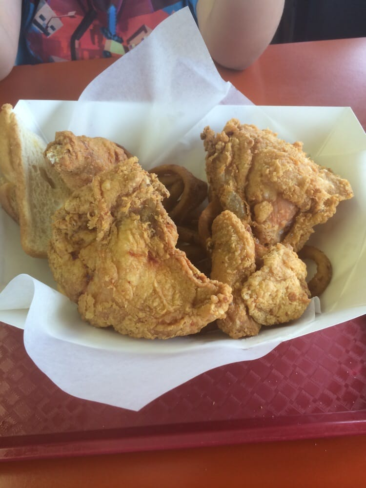 Chicken Hut: Main Ave E, Rolla, ND